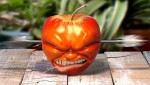 3D-Art-Omar-Carias-The-Death-Of-The-Apple-992x566