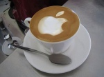 Apple-Logo-Latte-Art