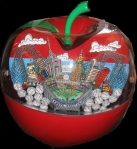 hand-painted-pop-art-sculpture-yankee-apple