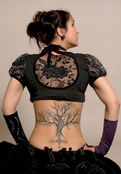 Elegant-Tree-Tattoo-Design-for-College-Girls-2011