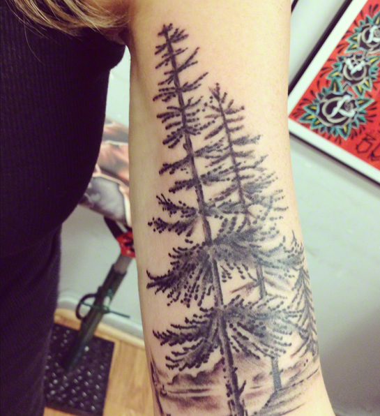 Sharon-Montrose_Pine-Tree-tattoo