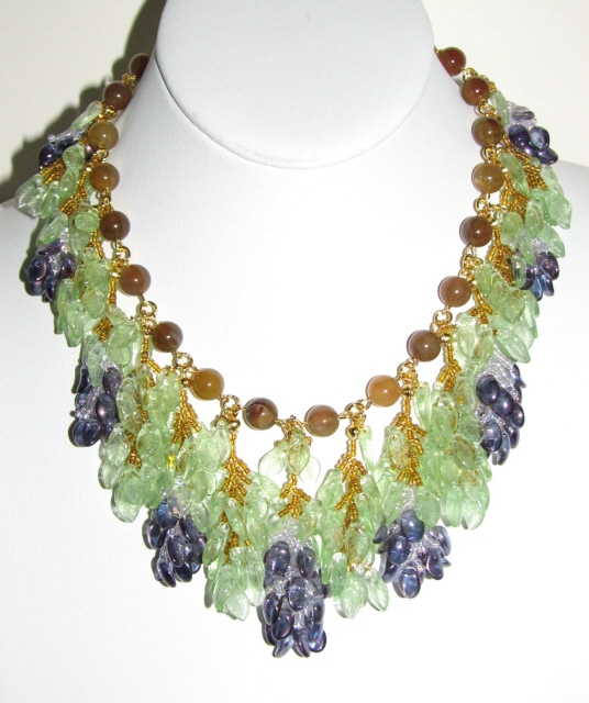 774~ Julia Bristow wisteria necklace (1)