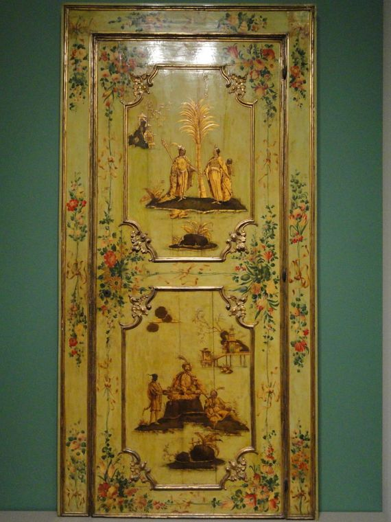 Door,_c._1750,_designed_by_Giovanni_Battista_Tiepolo,_Italy,_gilt_wood_with_yellow_lacquer_japanning_-_Art_Institute_of_Chicago_-_DSC09785