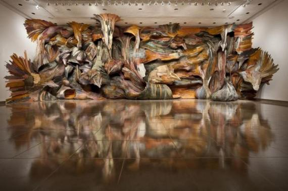 Wood-Installations-by-Henrique-Oliveira-9