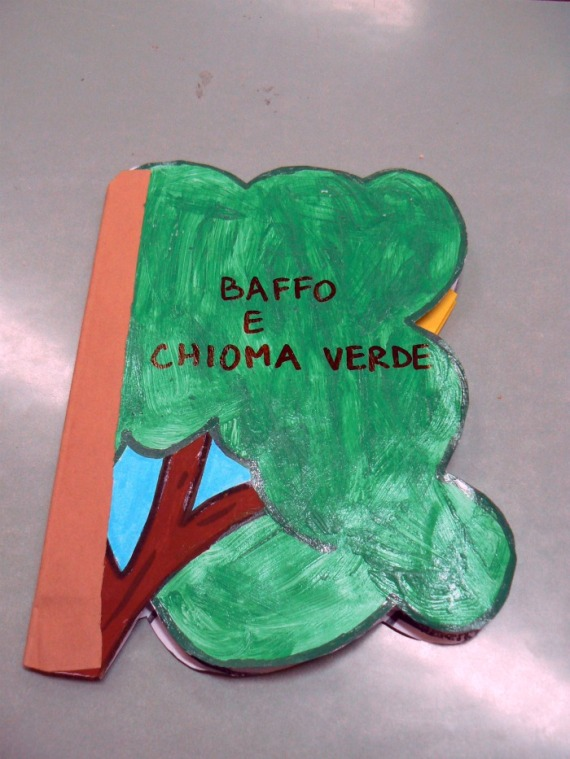 copertina baffo e chioma verde