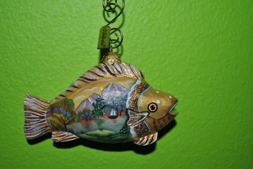 GDe-Brekht-NATIVE-FISH-Christmas-ornament-Derevo-Russia
